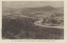 Eine Serpentine der Dukla-Pass-Strasse mi vorgehenden gemischten Truppen [Pocztówka]