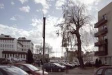 U zbiegu ulic: Fredry, Siemiradzkiego i Głowackiego [Fotografia]