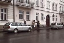 Ul. Okrzei przed WDK. Parking płatny [Fotografia]