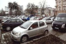 Ul. Słowackiego, parking przy Ratuszu [Fotografia]