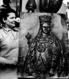 [Portret królowej Jadwigi w wykonaniu Marii Stelczyk z Jarosławia] [Fotografia]