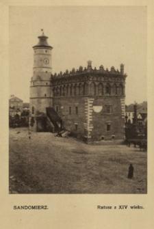 Sandomierz. Ratusz z XIV wieku [Pocztówka]
