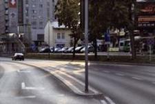 Al. Piłsudskiego - parking przed galerią Europa II [Fotografia]