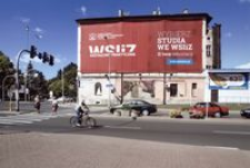 Ul. Głowackiego - nowa reklama WSIiZ [Fotografia]