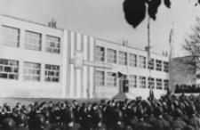 [Uroczystość przekazania Szkoły Podstawowej w Borku Starym] [Fotografia]