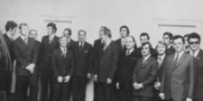 [Rzeszowscy olimpijczycy na spotkaniu z władzami partyjnymi] [Fotografia]