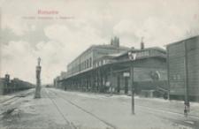 Rzeszów. Dworzec kolejowy = Bahnhof [Pocztówka]